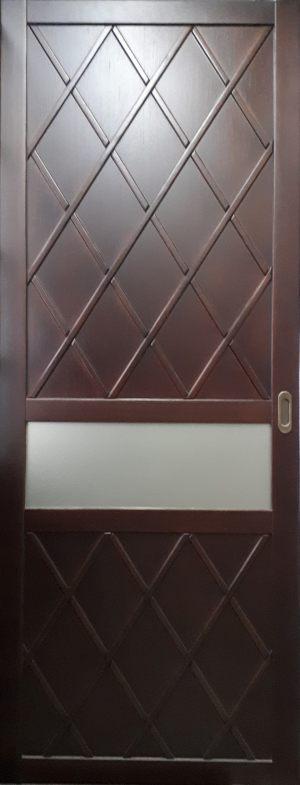 Вставка в дверь с фигурной филенкой