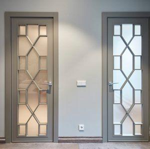 Двери с филенкой