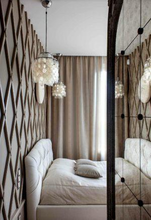 Декорированная стена