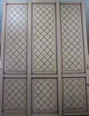 Двери для шкафа купе с фрезеровкой